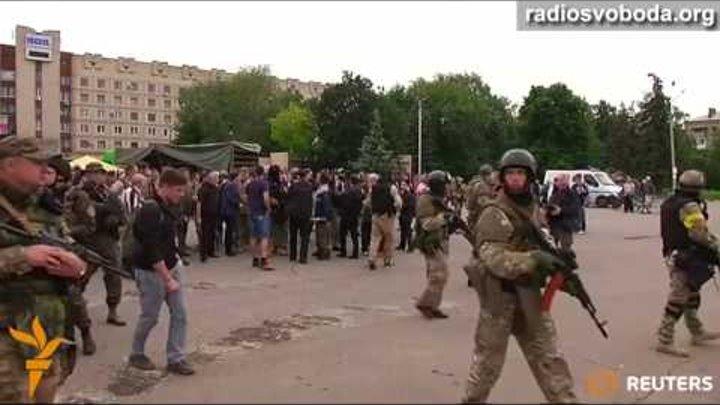 Порошенко приехал в Славянск сразу после освобождения его от рос. оккупантов