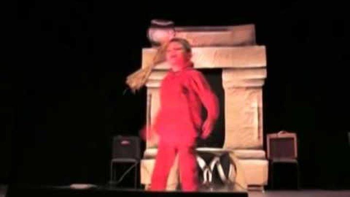 Прикольное видео.Человек-паук - паутина-из-рук. сказка про супергероев