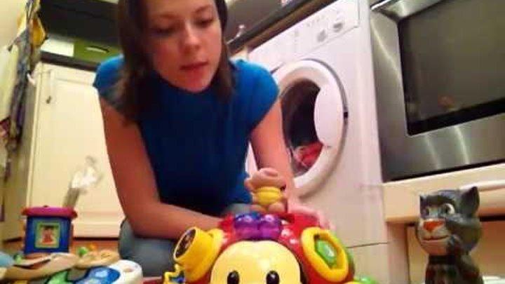 Детские музыкальные развивающие игрушки.Tiny love:краб.Fisher price:пианино.Телефон кот Том