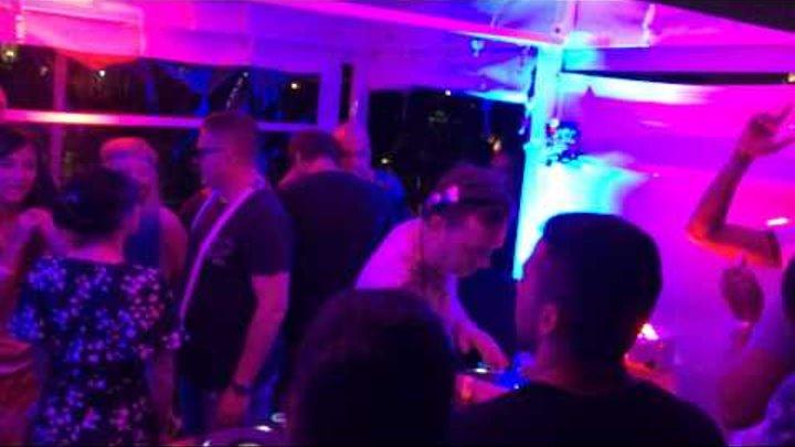 Nick Warren, Guy J, Hernan Cattaneo Never Get Out of the Boat WMC 2015
