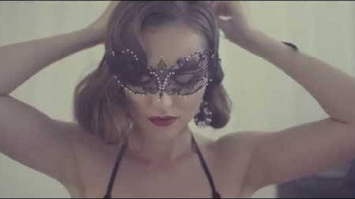 Anabel Arto Red&Black teaser