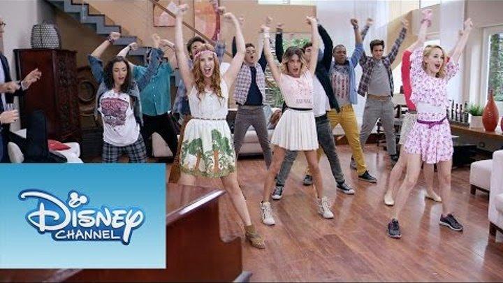 """Violetta: Momento Musical: Todos cantan """"En gira"""""""