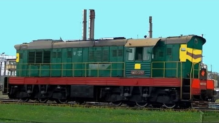 Собираем вагоны поезда. Развивающие видео для детей про технику и транспорт