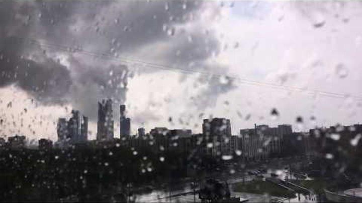 Начало бури и грозы в Москве 30 июня 2017