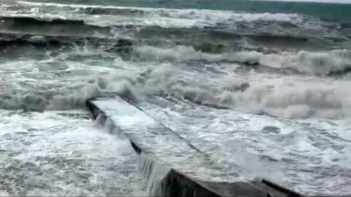 Бархатный сезон в Сочи 2014 5 Дикий шторм на море
