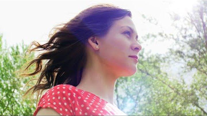 Daria | Walk in 4K on Panasonic Lumix GH5 + Prime lenses