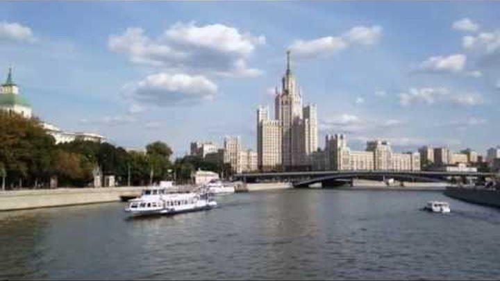 Сталинская высотка на Котельнической набережной - 08.2014
