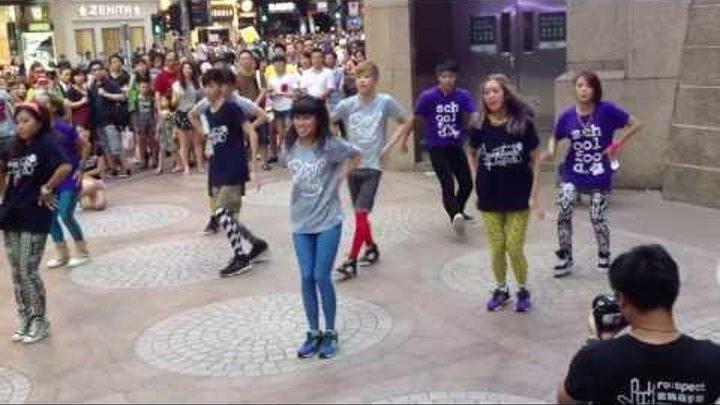Big Bang 2NE1 Sistar 快閃舞 Hong Kong k-pop flash mob 銅鑼灣 2013-08-10
