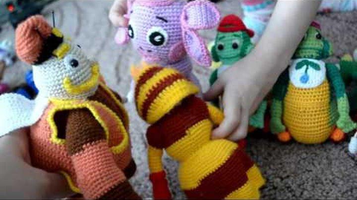 Влада играет игрушками связанными крючком Лунтик Щенячий патруль Детское видео