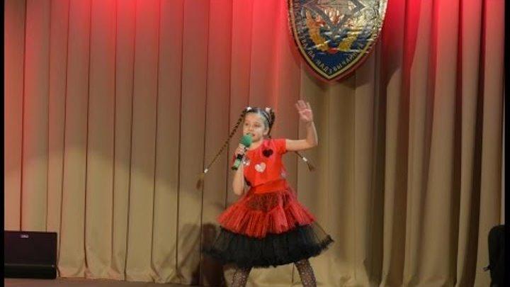 """""""Розовая пантера"""" Г. Манчини, переложение Л. Жульевой"""