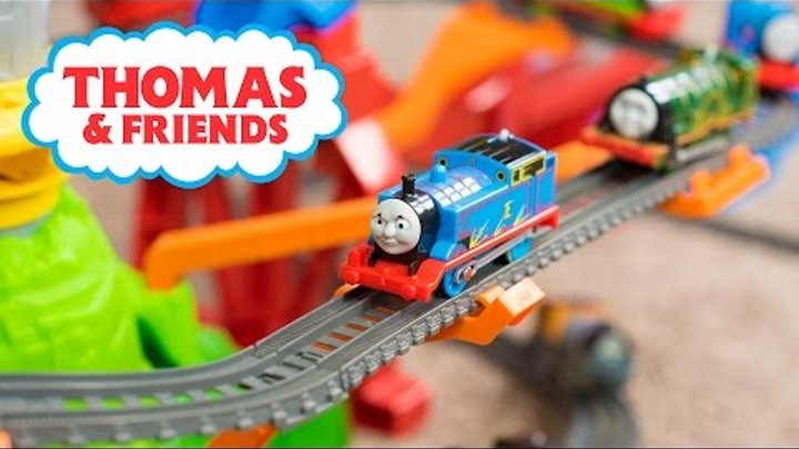 a19caa1f9b1ed7 Thomas and Friends TrackMaster Toy Train Sky-High Bridge Jump Playset Toys  for Boys Kinder Playtime