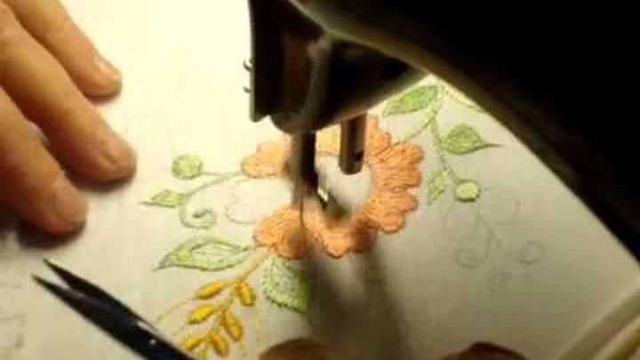 Машинная вышивка. Вышивка цветка.