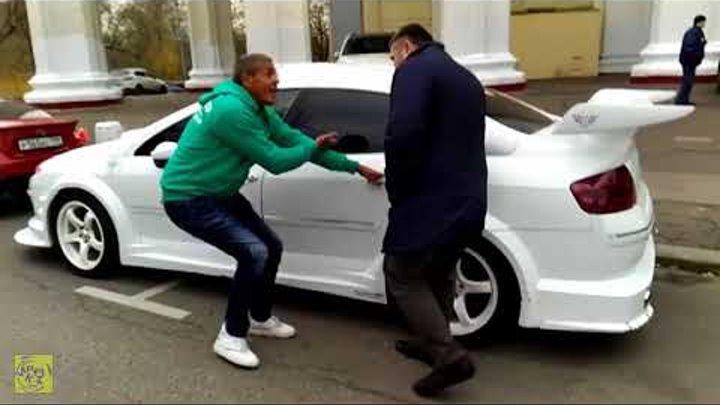 В главной роли Сами Насери и Тохир Тухтаров