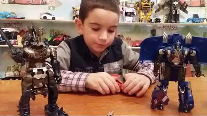Робот трансформер Игра с Оптимус Прайм и Гримлок Распаковка новой игрушки трансформер