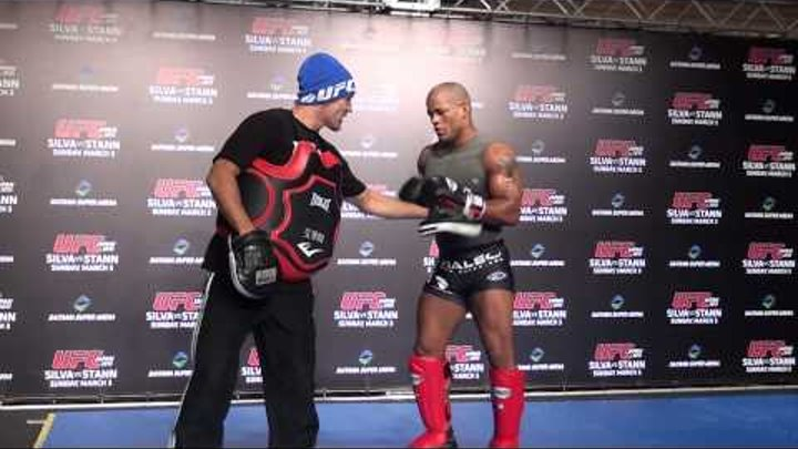 UFC Japan 2013 - Workout - Hector Lombard