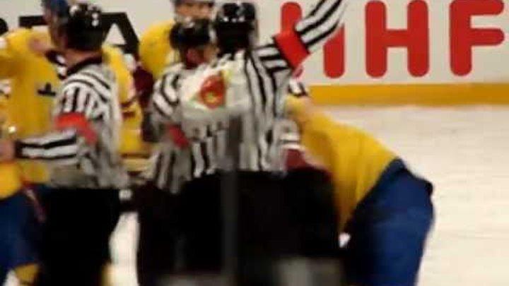 Koba Jass versus Erik Karlsson @ Globen 20120515