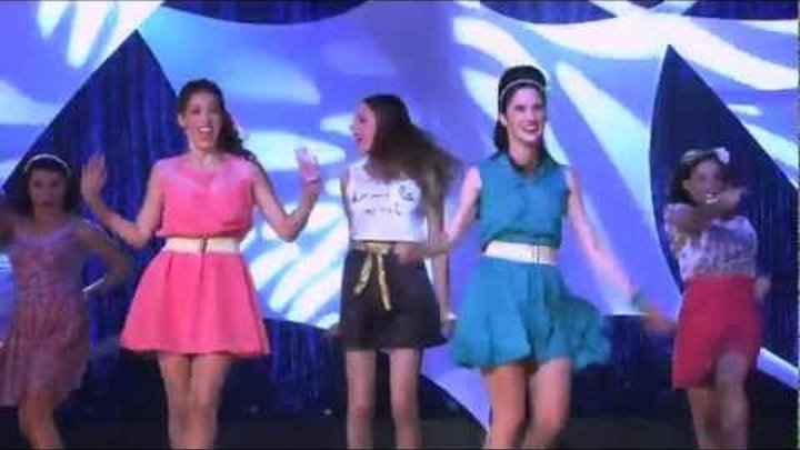 Violetta- Show finale - Violetta canta con le ragazze