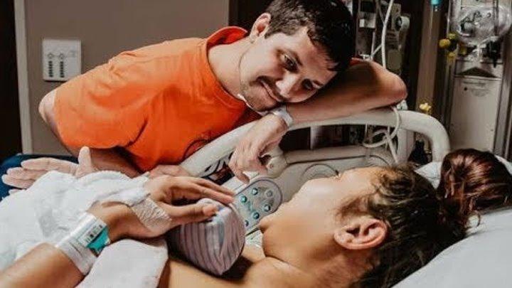 Отец заплакал во время рождения сына! Его ответил очень удивил врачей