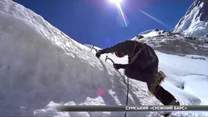 """У Сумах живе """"звичайний"""" альпініст, який третину життя проводить у горах"""