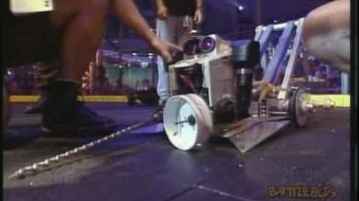 Hot Air (with Dr. Inferno) vs. Ziggo: BattleBots Long Beach. August 1999, RAW FOOTAGE!