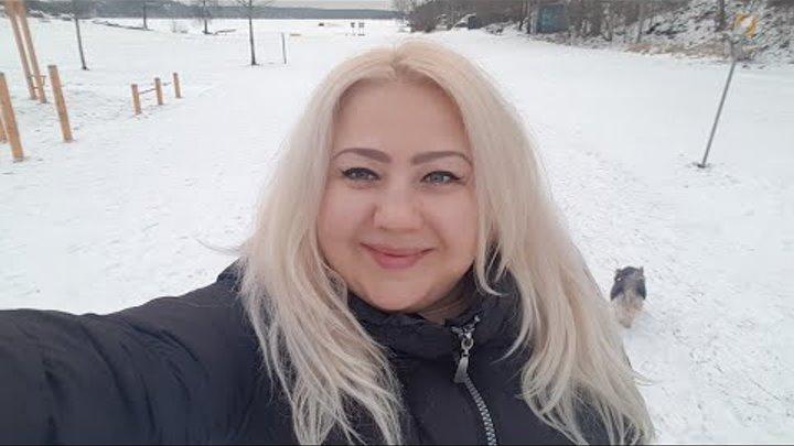 Швеция. Чистят лед на озере. Турист на льду😂.Прекрасная прогулка.Романтическое знакомство Бонечки😍