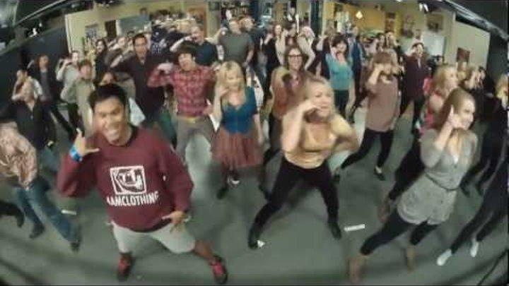 The Big Bang Theory Flash mob (Full version compilation)