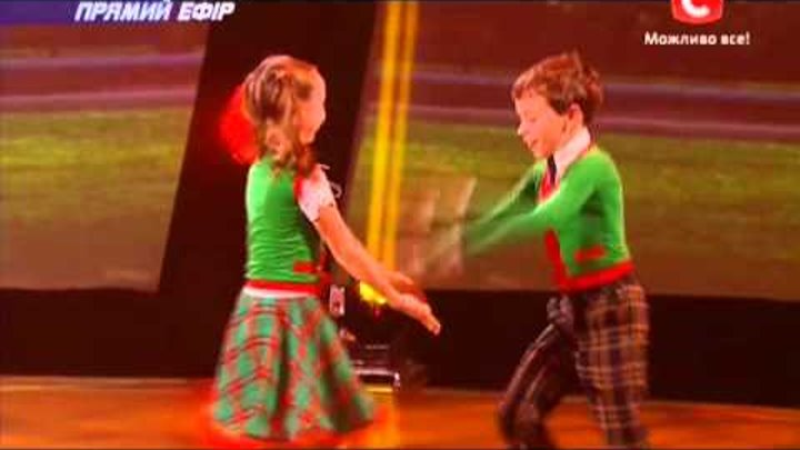 Танцуют все 6 сезон - Елена, Дмитрий и их дети! Второй прямой эфир 06.12.2013