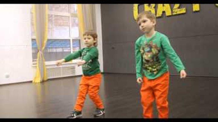 Street dance kids 4-6 years. Уличные танцы для малышей