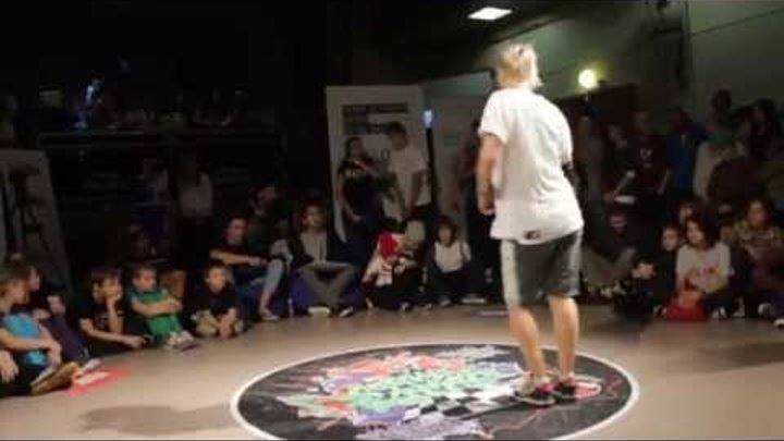 Gorky Battle 7, b-girl Andy