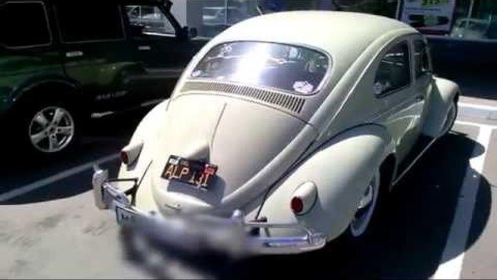 Volkswagen Beetle (Вольксваген жук) ретро автомобиль