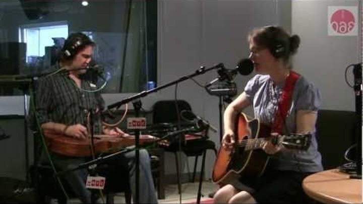"""Studio 360: Laura Cantrell performs """"I Don't Claim to Be an Angel"""""""