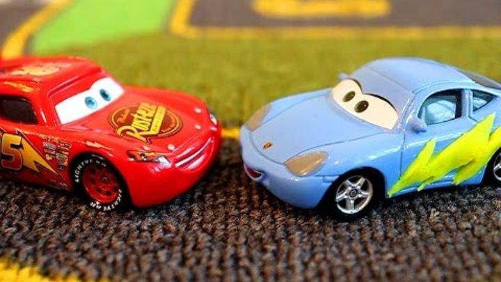 Тачки Молния Маквин и его Друзья Шина для Салли Мультик про машинки для детей Cars Lightning McQueen
