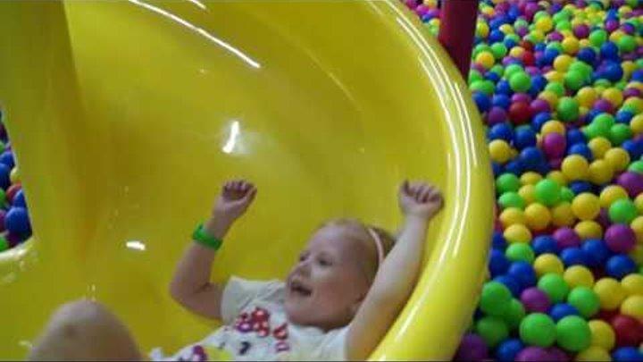 Детский развлекательный центр Детская планета Развлечения для детей Батуты и детские горки Харьков