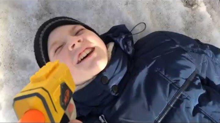 """1 Серия 2 Сезон Зомби Апокалипсис Нёрф(NERF)""""Новый Союзник"""""""