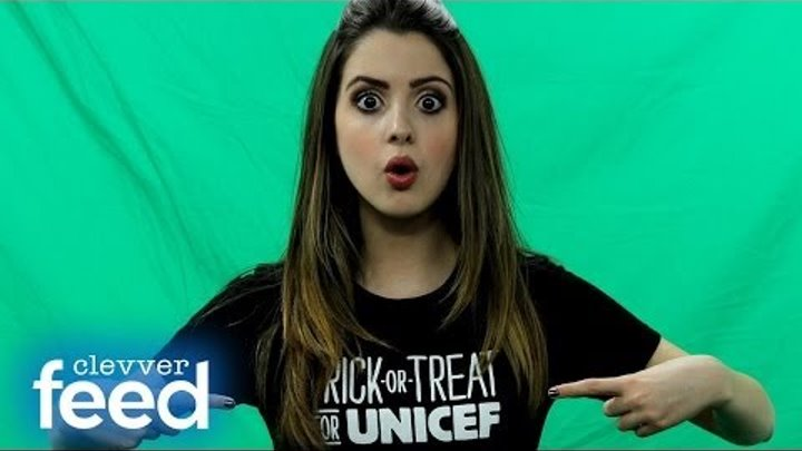 """Laura Marano Does """"The Ally Way"""" & Answers Fan Questions"""