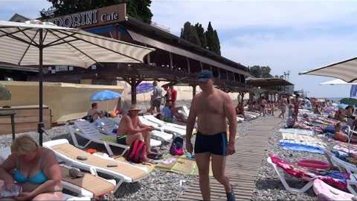 Девушки на пляже лазаревском видео, порно размерчик ххх
