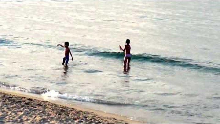 Прогулка на закате море набережная.Жизнь в Италии на острове Сицилия.