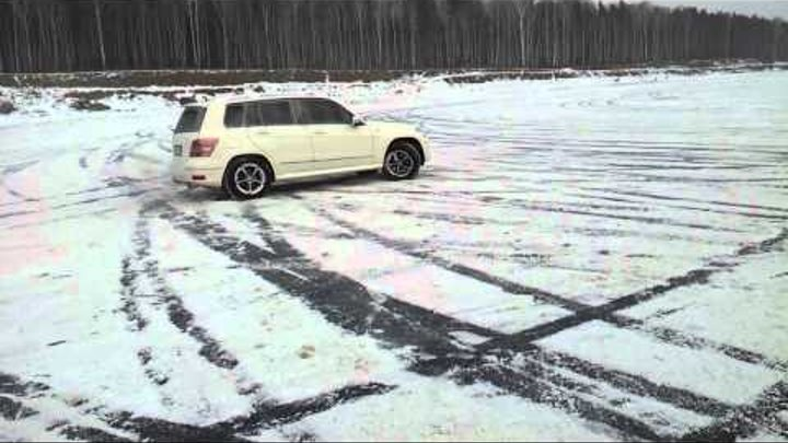 Mercedes-Benz GLK 220 CDI - Snow Drifting 5