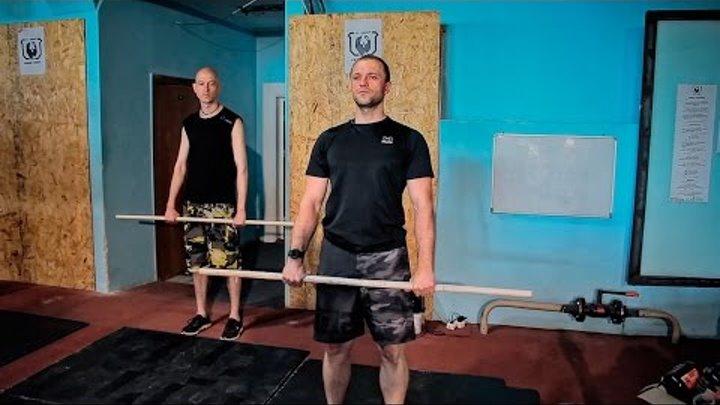 Тренировка для начинающих по Кроссфиту в Ижевске. Техника становой тяги