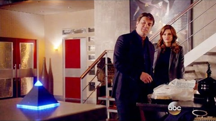 "Castle 8x16 End Scene Beckett Castle with Linus/Lucy ""Heartbreaker"" Season 8 Episode 16"