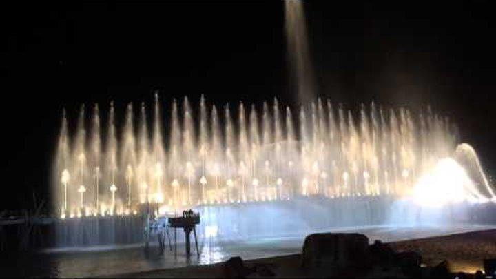Шоу огней, фонтанов, лазеров, феерверков. Остров Сентоза