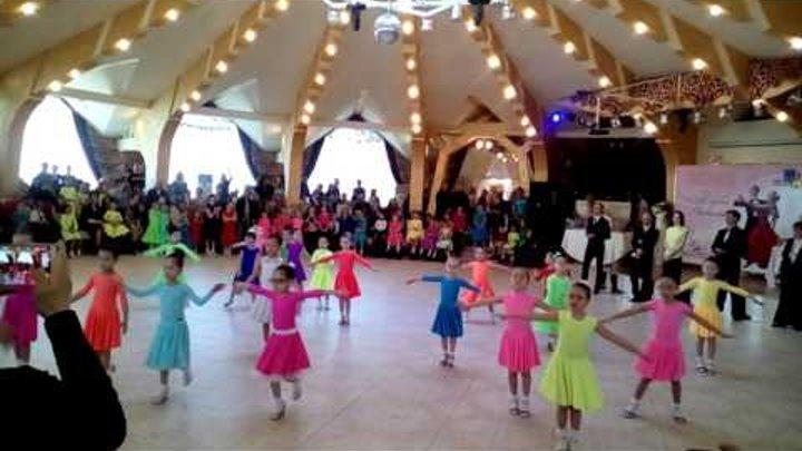 Танец Вальс и Чачача