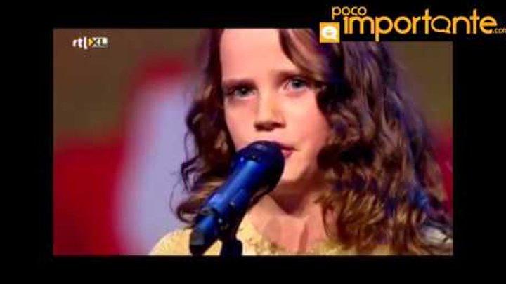 Niña de 9 años conmueve al mundo con su voz