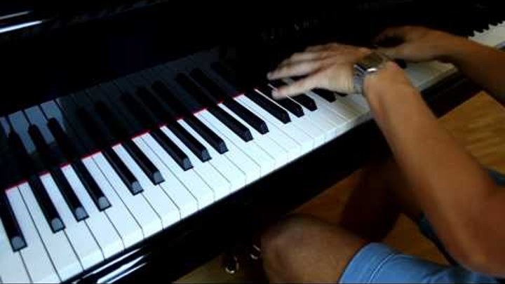 Anna Naklab feat. Alle Farben & YOUNOTUS - Supergirl Piano Cover