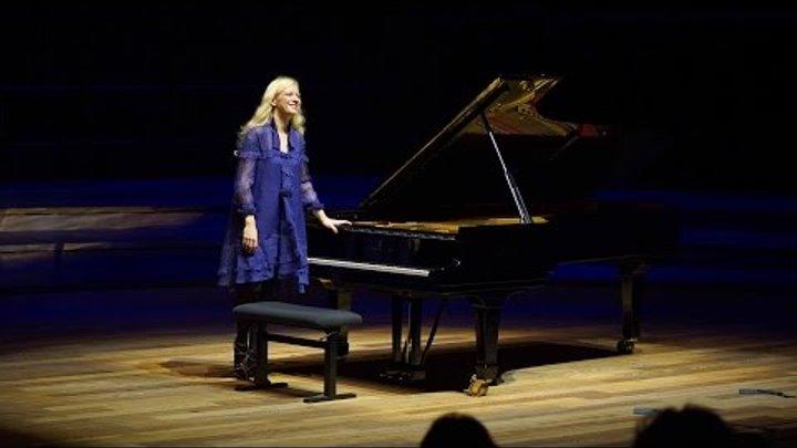 Haydn Piano Sonata E flat major Hob XVI:52 No. 62 Valentina Lisitsa