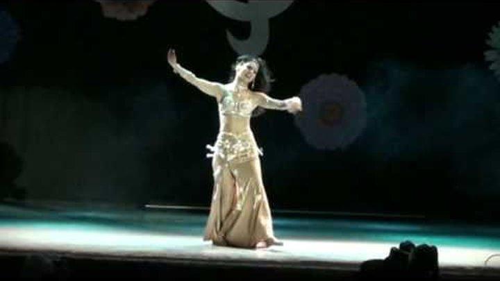 Belly dance - Habibi ya aini by Amira Abdi