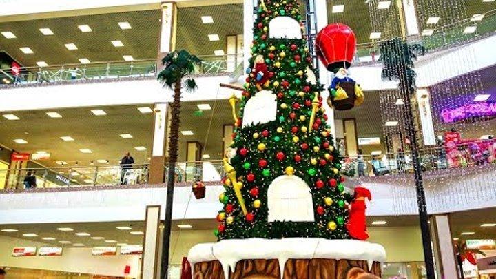 Красная Площадь Краснодар. Новогодняя елка. Ноябрь 2017г.