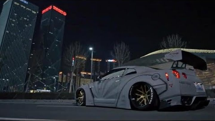 "Nissan GT-R R35 ""REBORN"" Armytrix Exhaust 