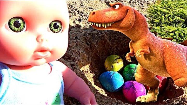 Мультик про кукол Катя и Макс гуляют на море бросают яйца Динозавр приключения новые серии