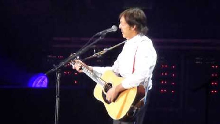 Paul McCartney (The Beatles) - Eleanor Rigby [HD Live] - Vancouver 2012 - On The Run Tour